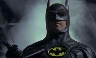 Michael Keaton vůbec nechápe komiksové paralelní světy, do nichž vstupuje | Fandíme filmu