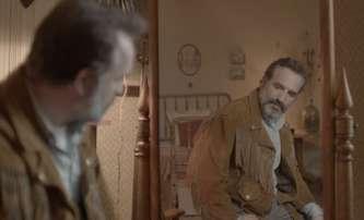Deerskin: V komediálním bizáru je oscarový herec posedlý koženou bundou | Fandíme filmu