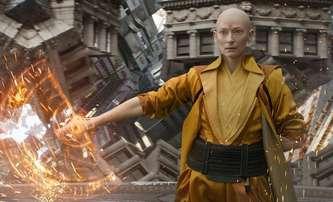 Šéf Marvelu lituje, že obsadili Tildu Swinton do Doctora Strange | Fandíme filmu