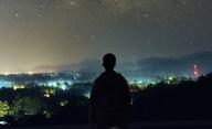 Režisér Star Wars chystá dokument zaměřený na UFO | Fandíme filmu