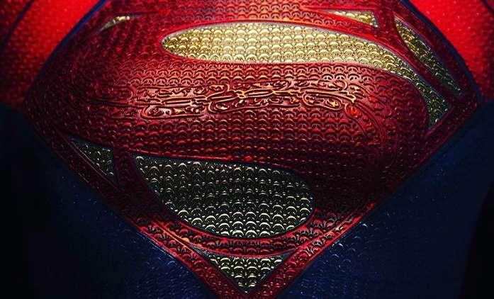 The Flash: První fotky nové Supergirl z natáčení   Fandíme filmu