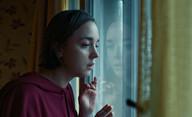 Podezření: Minisérie od tvůrce Pustiny si odbyde premiéru na festivalu ve Varech | Fandíme filmu