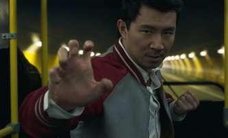 Shang-Chi: Nový Marvel hrdina už za pár dní v Česku - je tu finální trailer | Fandíme filmu
