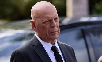 Survive the Game: Bruce Willis se zoufale snaží klesnout na nové dno | Fandíme filmu