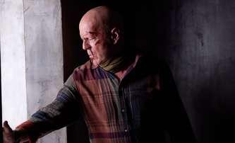 Fortress: Bruce Willis jako akční důchodce v super tajném rezortu | Fandíme filmu