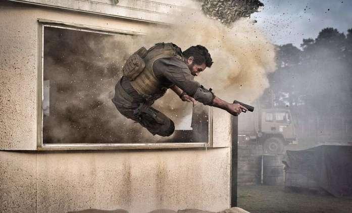 One Shot: Ambiciózní akčňák je celý natočený bez jediného střihu   Fandíme filmu