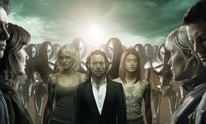 Battlestar Galactica najala producenty | Fandíme filmu