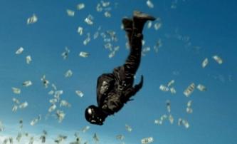 Bod zlomu: Trailer - Remake sází na extrémní sporty | Fandíme filmu