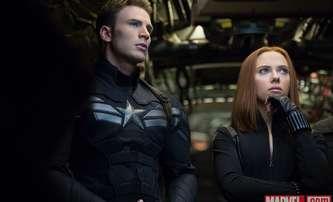 Ghosted: Chris Evans a Scarlett Johansson po letech u Marvelu opět hrají spolu | Fandíme filmu