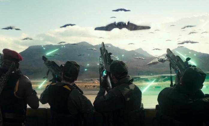 Den nezávislosti 2: Nový trailer je skutečně našlapaný   Fandíme filmu
