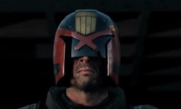 Dredd: Pohyblivý plakát ve flashi   Fandíme filmu