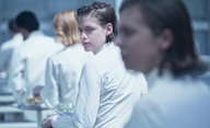 Equals: Kristen Stewart musí skrývat své city | Fandíme filmu