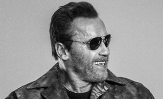 Arnold Schwarzenegger doporučuje Expendables 4 | Fandíme filmu