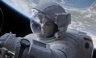 Gravitace: Hodně napínavý trailer   Fandíme filmu