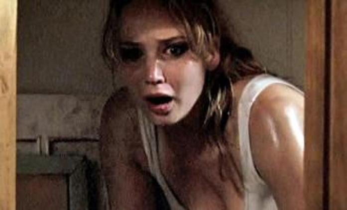 House at the End of the Street: Jennifer Lawrence v remaku Psycha | Fandíme filmu