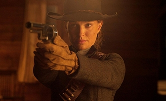 Jane Got a Gun: Jak z chmurného westernu sestříhat akční jízdu   Fandíme filmu