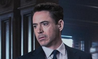 Soudce: Co dělá Iron Man, když není Iron Man | Fandíme filmu