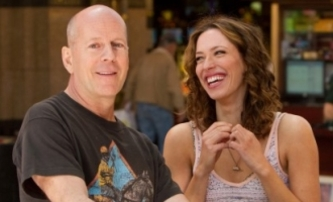 Lay the Favorite: Bruce Willis a Catherine Zeta-Jones sázejí | Fandíme filmu
