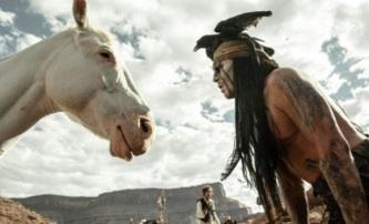 Osamělý jezdec: Konečně je cítit ta americká legenda! | Fandíme filmu
