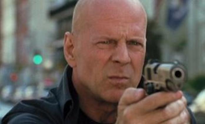 Looper: Akční sci-fi s Brucem Willisem na první fotce   Fandíme filmu