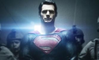 Muž z oceli: Superman na obálce magazínu | Fandíme filmu