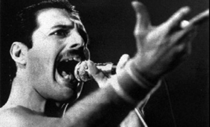 Mercury: Zpěvákův životopis by mohl natočit Tom Hooper | Fandíme filmu