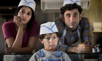 My tři, nebo nikdo: Z Íránu až do Paříže s humorem | Fandíme filmu