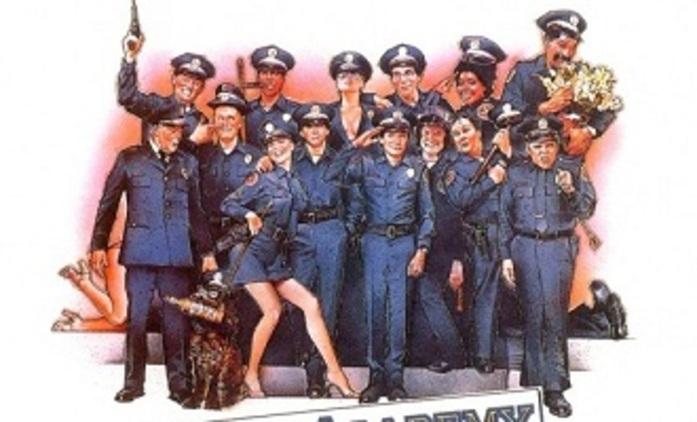 Policejní akademie pilně chystá remake | Fandíme filmu