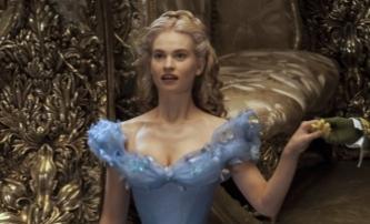 Do našich kin se blíží Popelka od Disneyho | Fandíme filmu