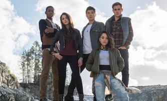 Power Rangers na character posterech | Fandíme filmu