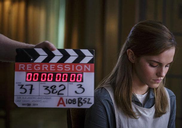 Regression: Emma Watson je obětí kultu   Fandíme filmu