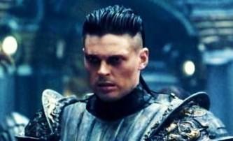 Riddick: Karl Urban se vrátí jako Vaako   Fandíme filmu