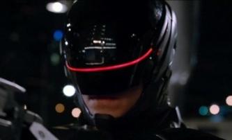 Robocop v plné parádě na plakátu | Fandíme filmu
