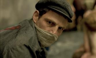 Saulův syn: Silné a netradiční drama z koncentračního tábora | Fandíme filmu