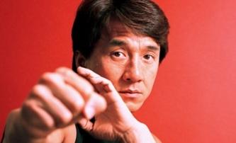 Skiptrace: Jackie Chan zachraňuje neteř ze spárů gangu   Fandíme filmu