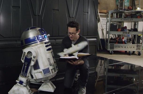 Star Wars IX: Abrams má scénář a ví, kdy začne točit | Fandíme filmu