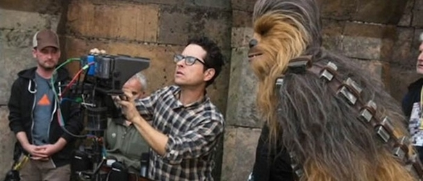 Star Wars: Epizoda IX oficiálně vybrala režiséra | Fandíme filmu
