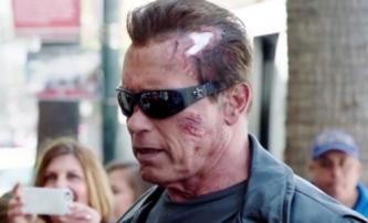 Terminátor: Genisys - Arnold si střílí z fanoušků   Fandíme filmu