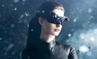 Temný rytíř povstal: Další klip s Catwoman   Fandíme filmu