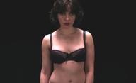 Under the Skin: Scarlett svádí a zabijí pozemské chlapy | Fandíme filmu