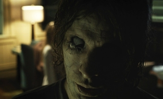Filmové premiéry od 14.4.: Zlo nikdy nespí, Kolonie a další | Fandíme filmu