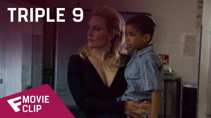Triple 9 - Movie Clip (First Time Being Robbed) | Fandíme filmu