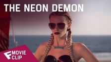 The Neon Demon - Movie Clip (Beauty is Everything) | Fandíme filmu
